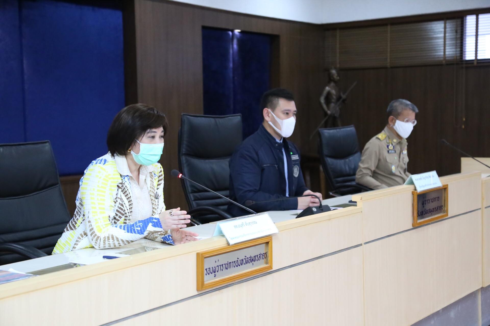 กระทรวงแรงงานร่วมกับสภากาชาดไทย ลงพื้นที่ป้องกันการแพร่ระบาดของเชื้อไวรัส COVID – 19  แก่แรงงานต่างด้าวในจังหวัดสมุทรสาคร